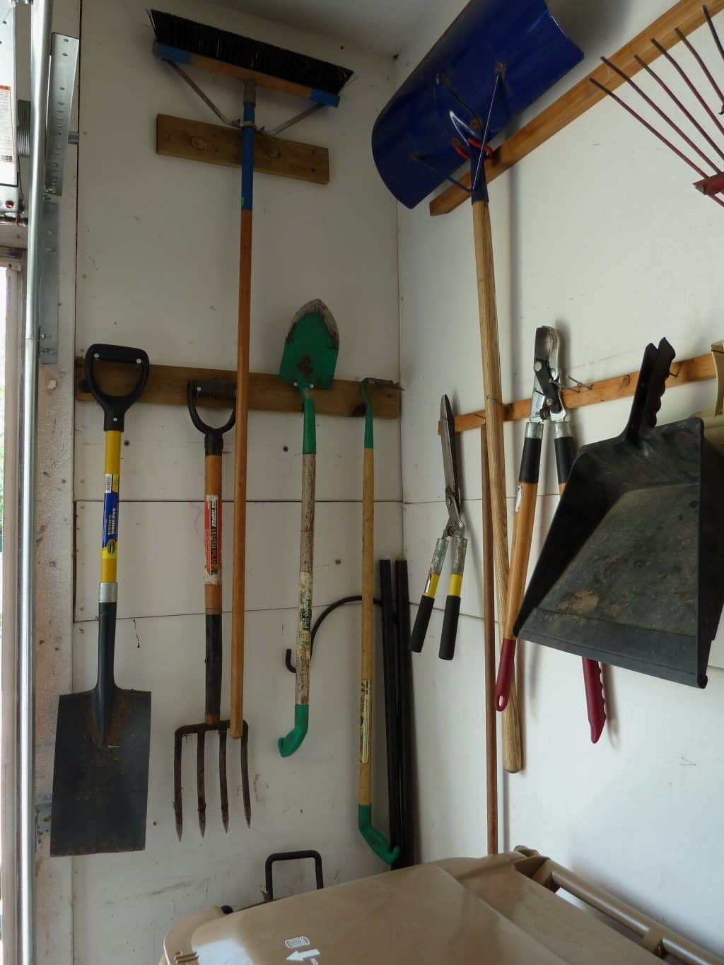 Garage Tip A Solution For Organizing Large Yard Tools