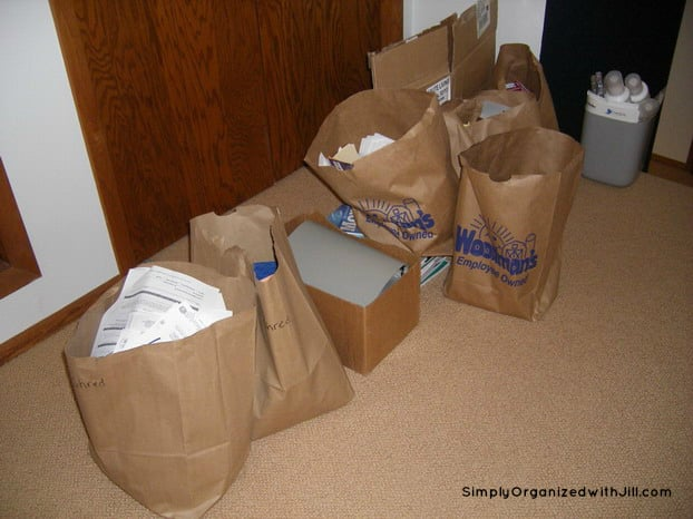 Day 16 Grocery Bags Kitchen Clutter Clear Out Simply